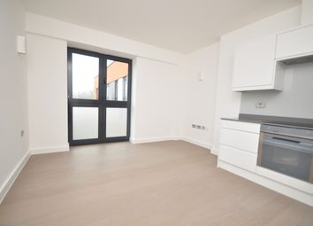 Thumbnail 2 bed flat to rent in Dorking