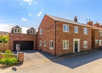 Thumbnail 4 bed detached house to rent in Casthorpe Road, Barrowby, Grantham