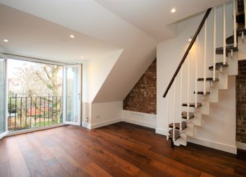 Thumbnail 2 bed maisonette to rent in Finchley Road, London