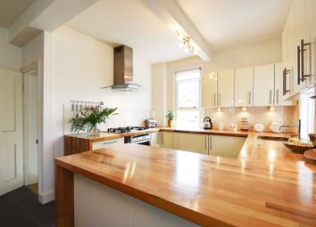 3 bed maisonette to rent in Albert Road, Muswell Hill, London N22