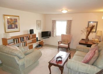 Thumbnail 2 bedroom flat to rent in Northfield End, Henley On Thames