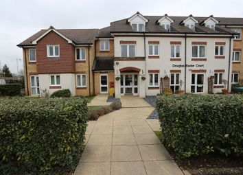 Thumbnail 1 bed flat to rent in Howth Drive, Woodley, Reading