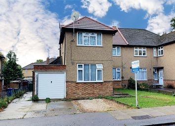 3 bed flat for sale in Elm Park, Stanmore, Greater London HA7