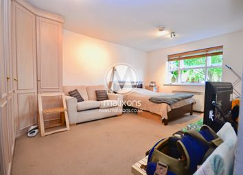 1 bed flat to rent in Massingberd Way, Wandsworth SW17