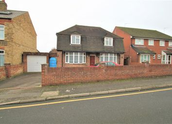 3 bed detached house to rent in Press Road, Uxbridge, Greater London UB8