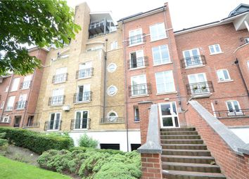 Thumbnail 2 bedroom flat for sale in Aveley House, Iliffe Close, Reading