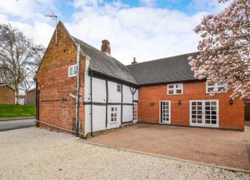 Thumbnail 4 bed cottage for sale in Thorpe Acre Road, Loughborough
