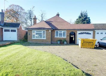 Thumbnail 2 bed detached bungalow for sale in Grove Park, Tring