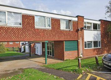 2 bed flat to rent in Chelmer Court, Basingstoke RG21