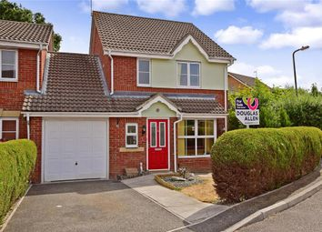 Thumbnail 3 bed link-detached house for sale in Kingsley Meadows, Wickford, Essex