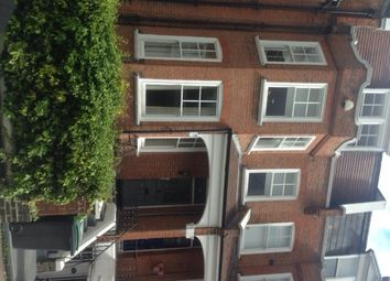 Thumbnail 2 bed flat to rent in Hillside Gardens, Highgate