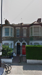 Thumbnail 3 bed flat to rent in Avenue Road, Acton