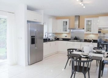 Thumbnail 4 bed property to rent in Sweet Briar Walk, London