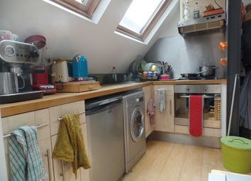 Thumbnail 1 bed flat to rent in Hildreth Street, Balham