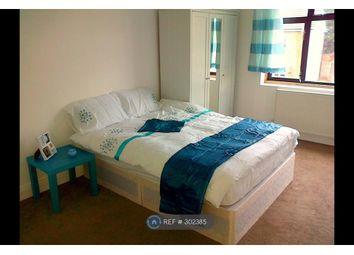 Thumbnail Room to rent in Redbridge Lane East, London