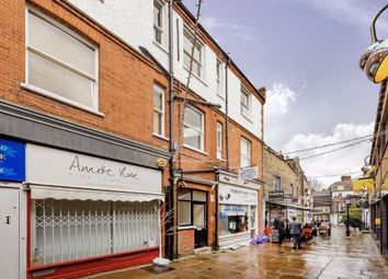 2 bed flat to rent in Village Mount, Perrins Court, London NW3