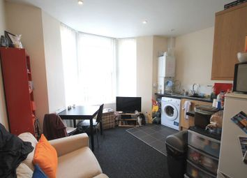 Thumbnail 1 bed flat to rent in Kincraig Street, Roath, Cardiff
