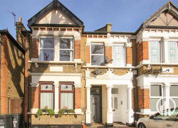 Thumbnail 2 bed flat to rent in Brownhill Road, Catford, London