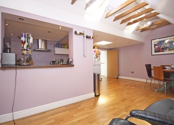 Thumbnail 2 bed flat to rent in Church Street, Reigate
