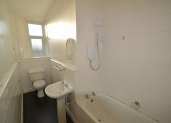 Thumbnail 2 bed flat to rent in Union Street, Stirling, Stirlingshire FK8,