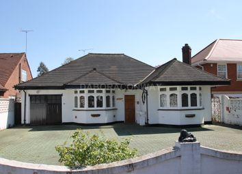 Thumbnail 4 bed bungalow to rent in Malford Grove, South Woodford