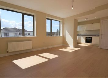 2 bed flat to rent in Station Road, West Drayton UB7