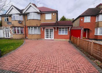 4 bed semi-detached house to rent in Ashdown Road, Hillingdon, Uxbridge UB10