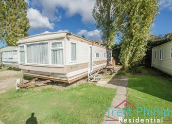 Thumbnail 2 bedroom detached bungalow to rent in Bridge Road, Potter Heigham, Great Yarmouth