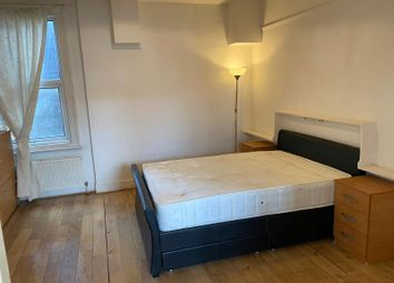 2 bed flat to rent in Ballards Lane, Finchley Central, London N3