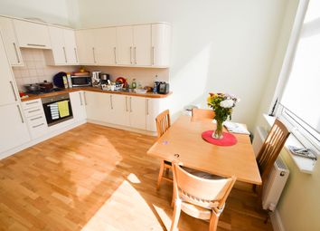 Thumbnail 2 bed flat to rent in Holloway Road, Holloway, Islington, London