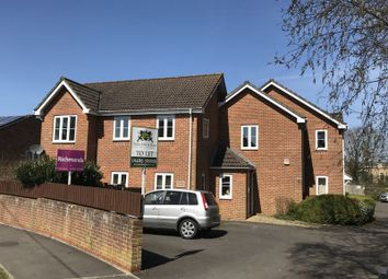 Thumbnail 2 bed flat to rent in Allen Road, Hedge End, Southampton