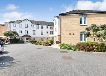 2 bed flat for sale in London Road, Hadleigh, Benfleet SS7