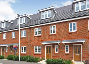 Thumbnail 3 bed terraced house for sale in Faringdon Road, Earley, Reading