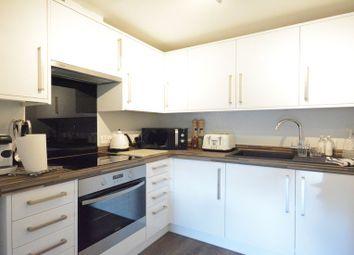 Thumbnail 2 bed flat to rent in Kelvin Gate, Bracknell