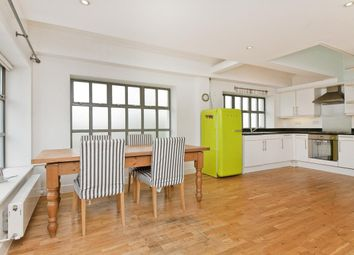 Thumbnail 2 bed property to rent in Ovanna Mews, Buckingham Road