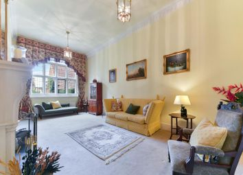 Thumbnail 5 bed property for sale in Oldfield Wood, Woking, Surrey