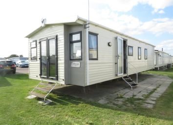 3 bed mobile/park home for sale in Beach Road, St. Osyth, Clacton-On-Sea CO16