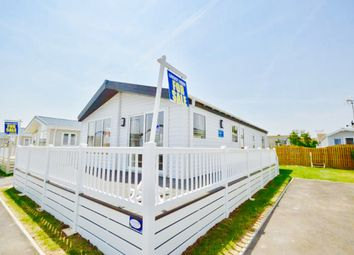 2 bed mobile/park home for sale in Eastbourne Road, Pevensey Bay BN24