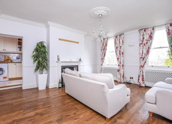 Thumbnail 2 bedroom flat to rent in Kew Green, Surrey