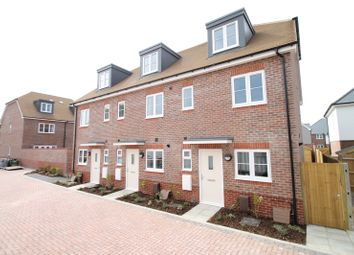 3 bed end terrace house for sale in Kings Close, Yapton, Arundel, West Sussex BN18