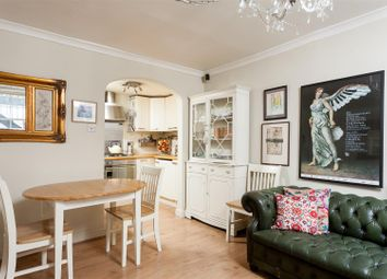 Thumbnail 2 bed flat for sale in Buckingham Place, Clifton, Bristol