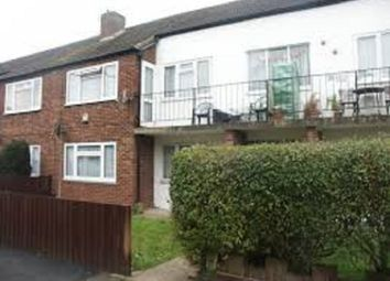 2 bed maisonette to rent in Stoke Poges Lane, Slough, Berkshire. SL1