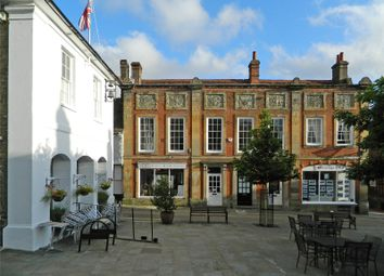 2 bed mews house for sale in Market Square, Midhurst, West Sussex GU29