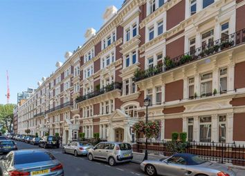 Thumbnail 3 bed flat for sale in Carlisle Place, London