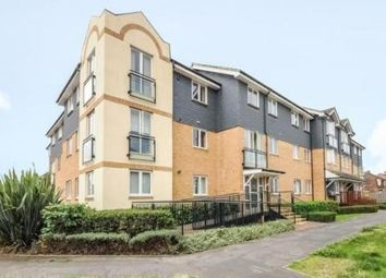 Bowes Road, Staines-Upon-Thames TW18. 1 bed flat