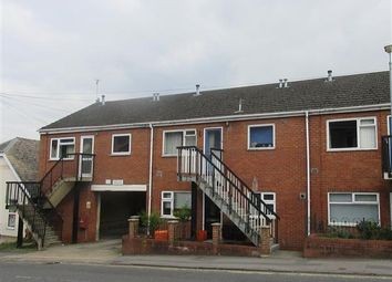 Thumbnail 2 bed flat to rent in Eastcott Hill, Swindon