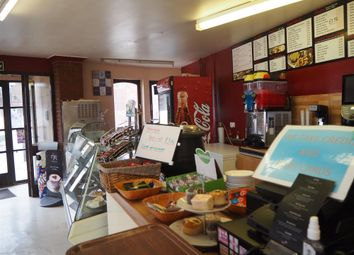 Thumbnail Restaurant/cafe for sale in Cafe & Sandwich Bars YO15, East Yorkshire