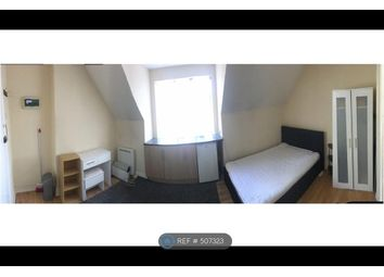 Thumbnail Studio to rent in High Street, Coalville