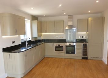 Thumbnail 1 bed flat to rent in Nash Gardens, Redhill