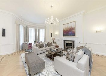 Thumbnail 6 bed terraced house to rent in Hill Street, London